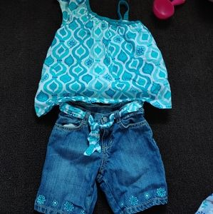 Adorable Outfit With Jean Shorts And One Shoulder